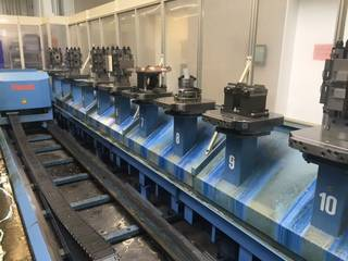 Fresadora Mazak Variaxis 500 5X - Production line 2 machines / 14 pallets, A.  2005-9