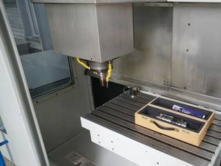 Fresadora Mikron VCP 600, A.  2004-1