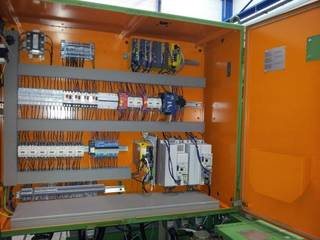 Amoladora Voumard 400 CNC-4
