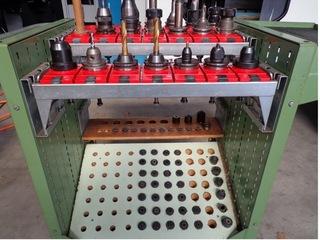Fresadora YCM Supermax V 168 A, A.  1998-9