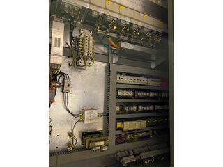 Fresadora DMG DMU 200 P-10