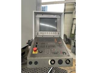 Fresadora DMG DMU 200 P-5
