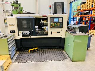 Torno Hwacheon Hi-Tech 200A MC-0