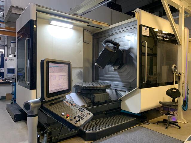 más imágenes Fresadora DMG DMU 125 P, A.  2010